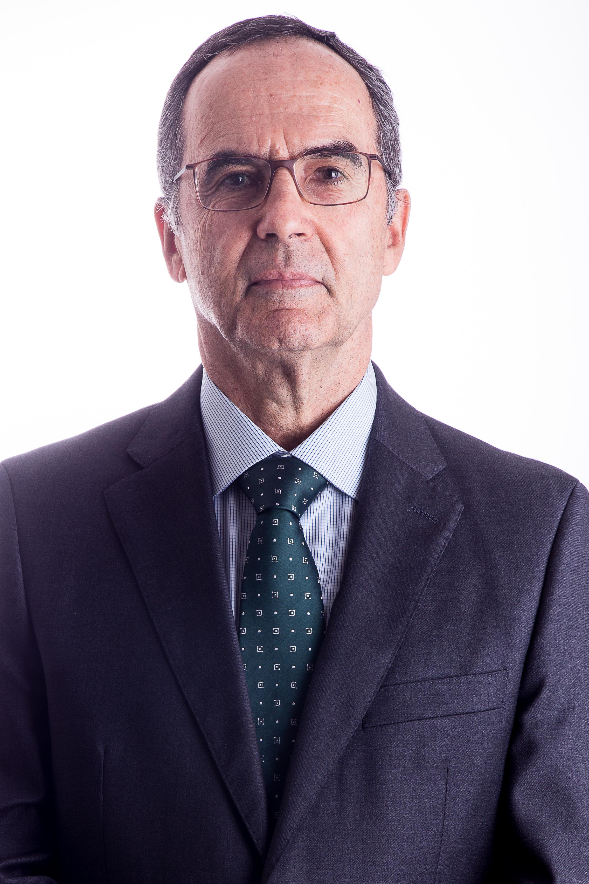 Oscar Sant'Anna de Freitas e Castro   ocastro@daudtadvogados.com.br