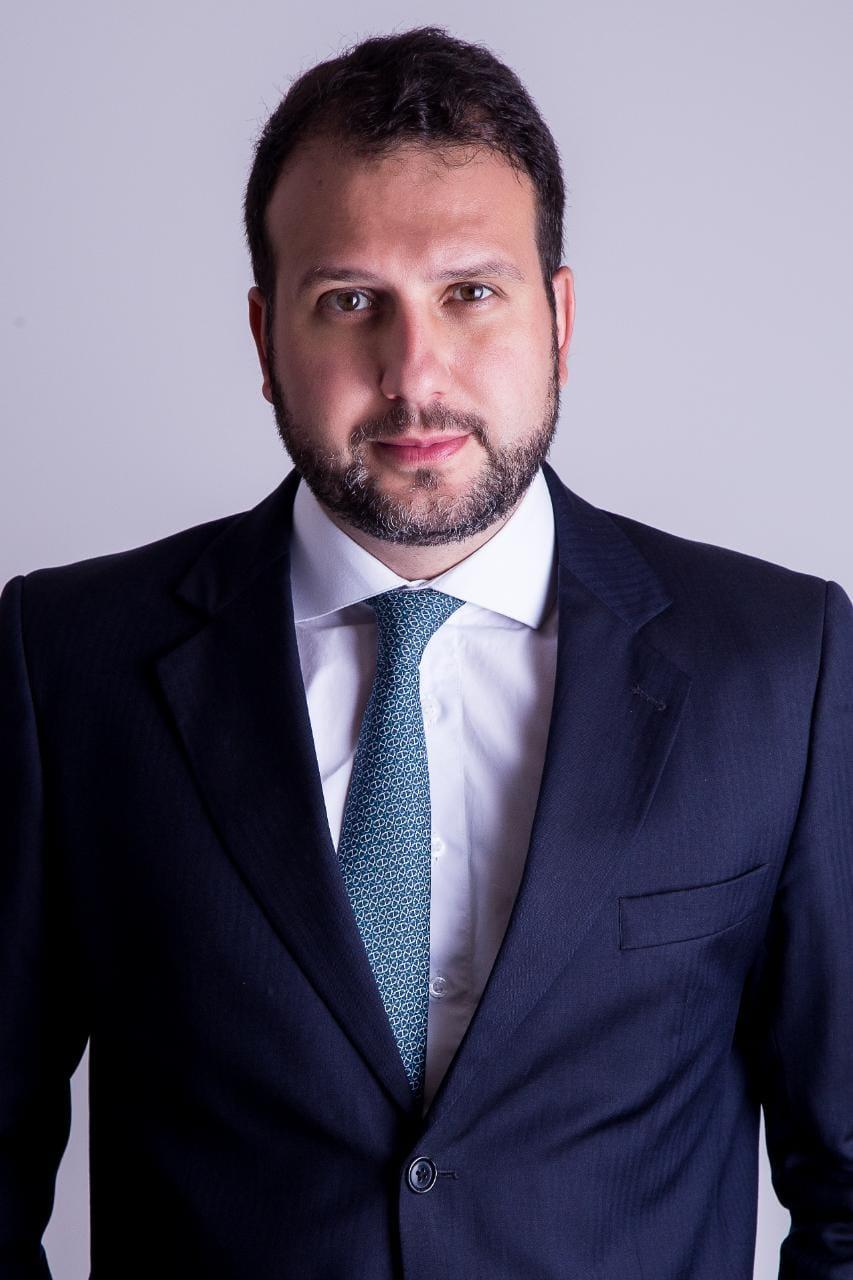 José Guilherme Feuermann Missagia    jgmissagia@daudtadvogados.com.br