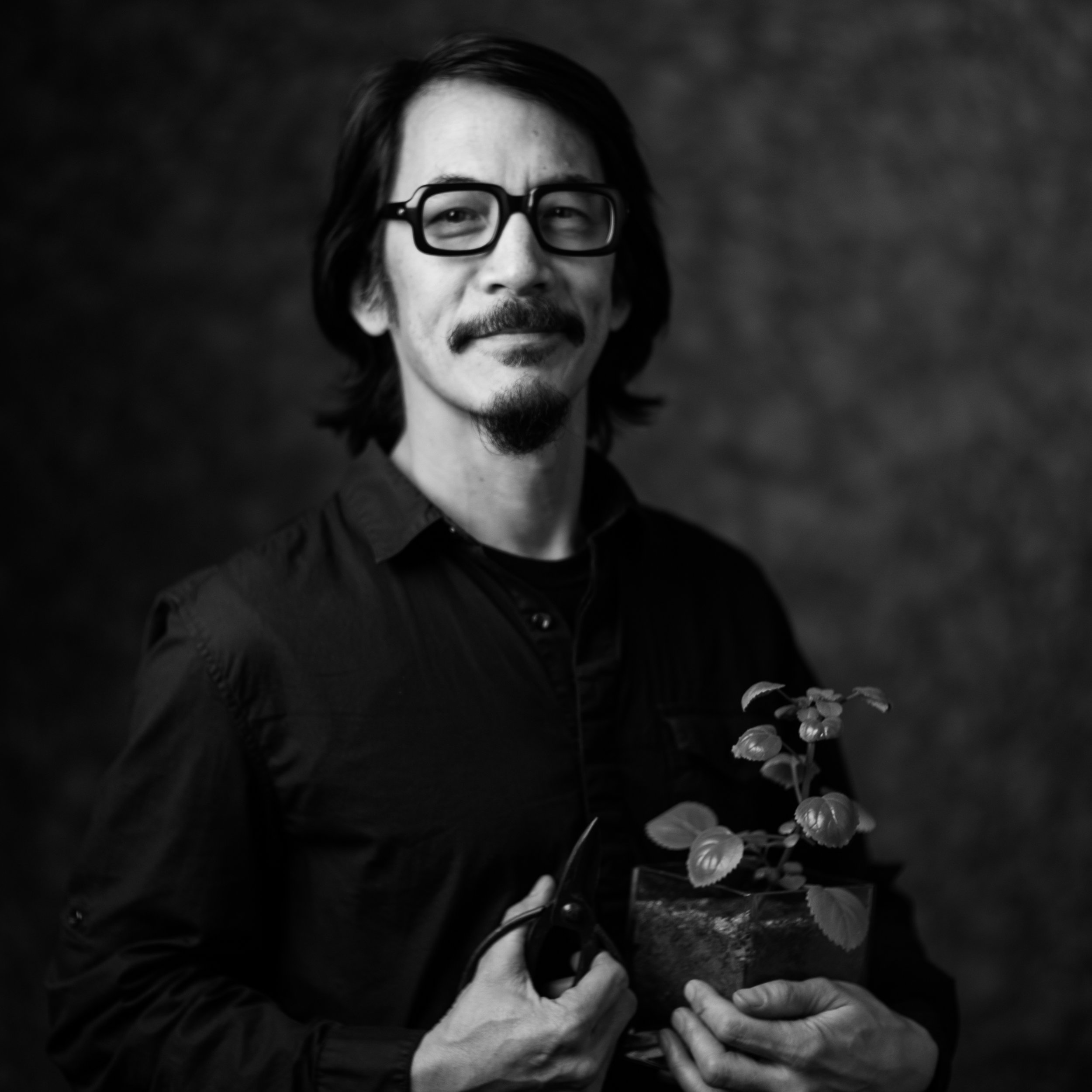 MARK DECENA | Founder