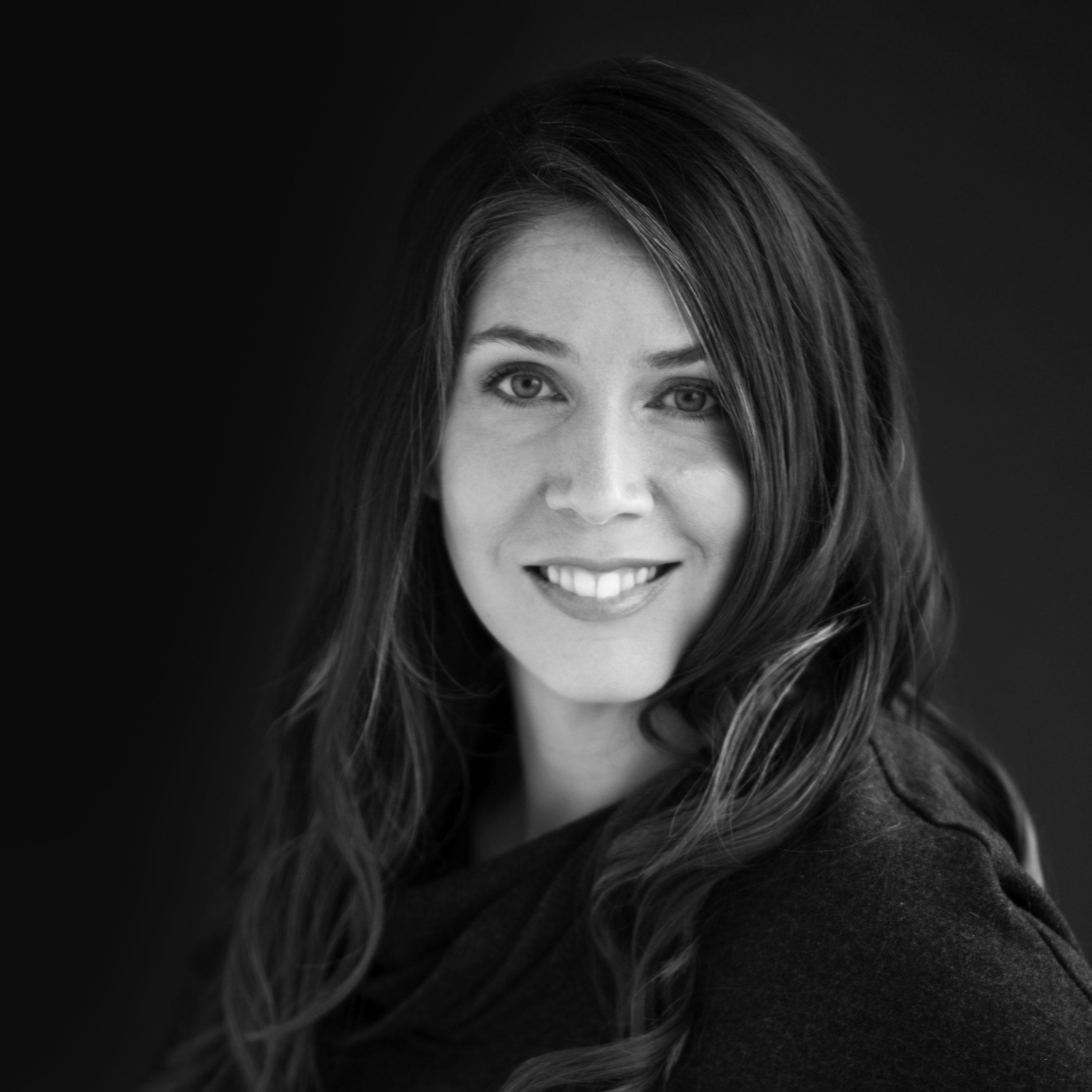 NICOLE SCOTT | Digital Strategist