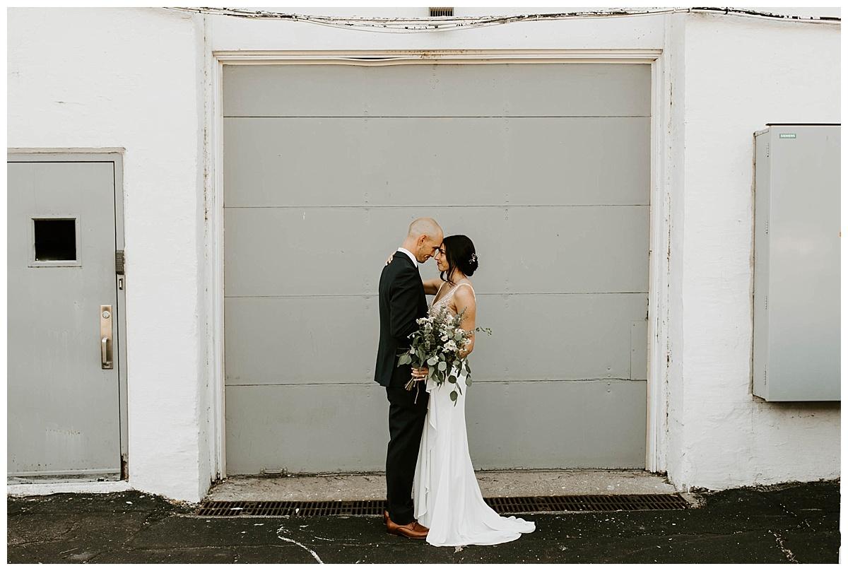 intimate-summer-cleveland-wedding_0369.jpg