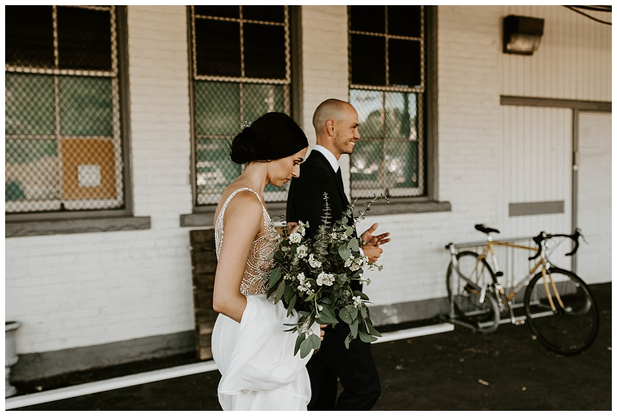 intimate-summer-cleveland-wedding_0371.jpg