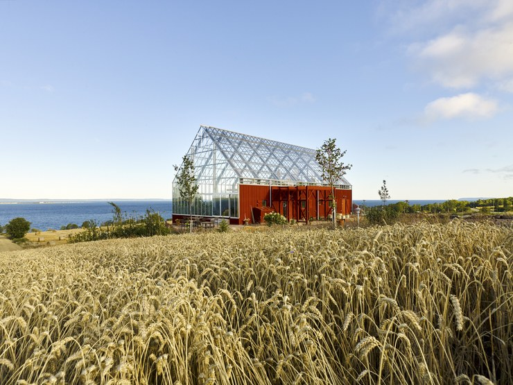sustainable-architecture-eco-friendly-home-in-sweden-01.jpg