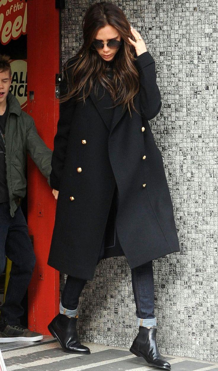 Chalsea-boots-in-style.-Victoria-Beckham.jpg