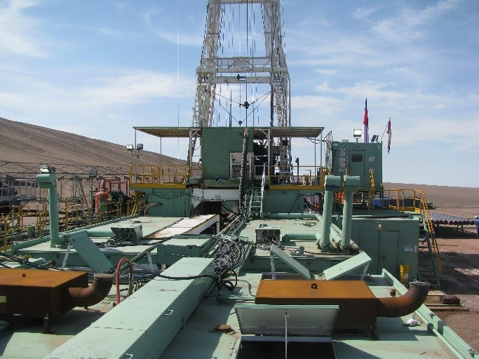 Drilling Rig in Chile2.jpg
