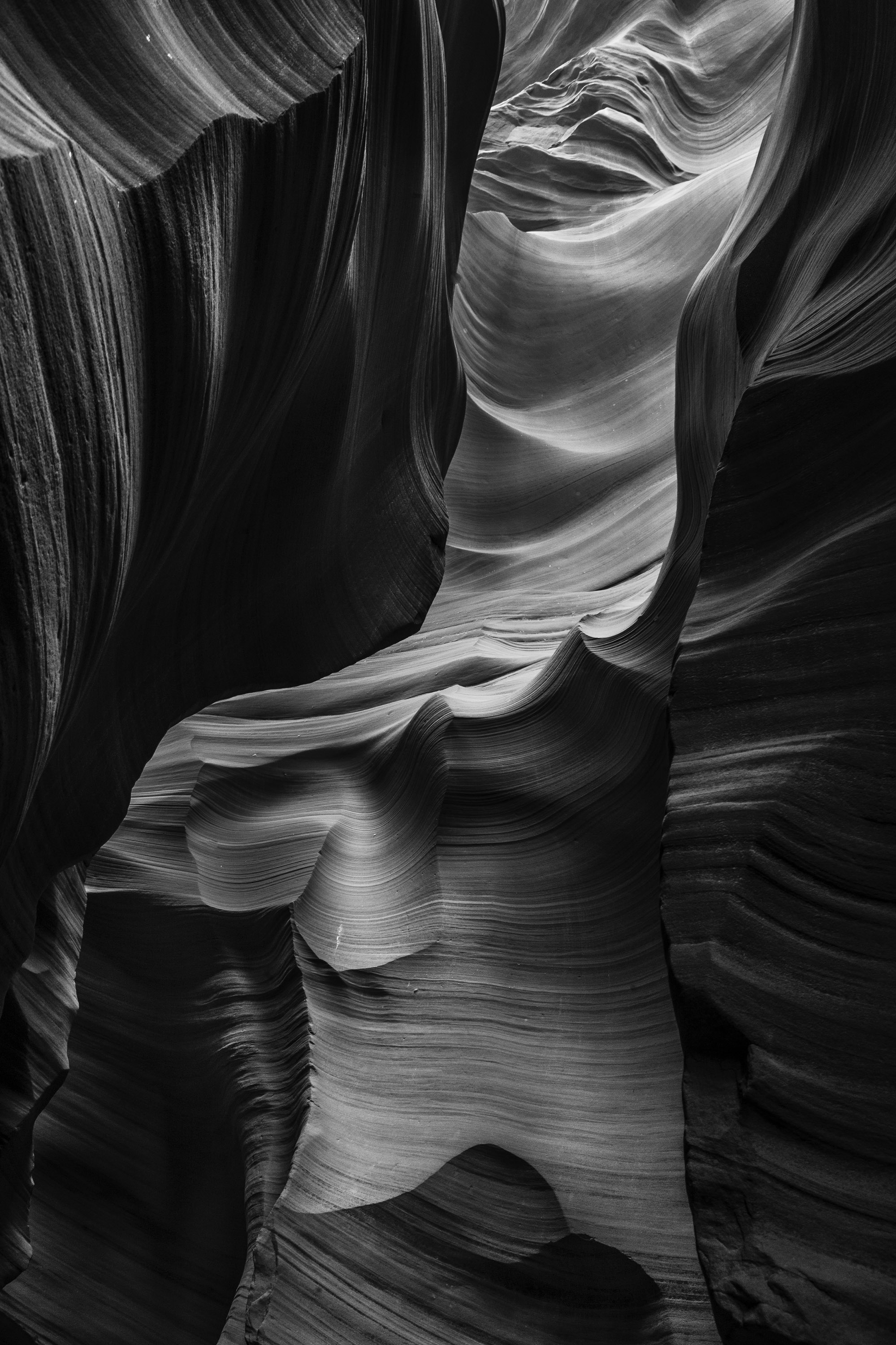 B&W wall, Antelope Valley 2.jpg