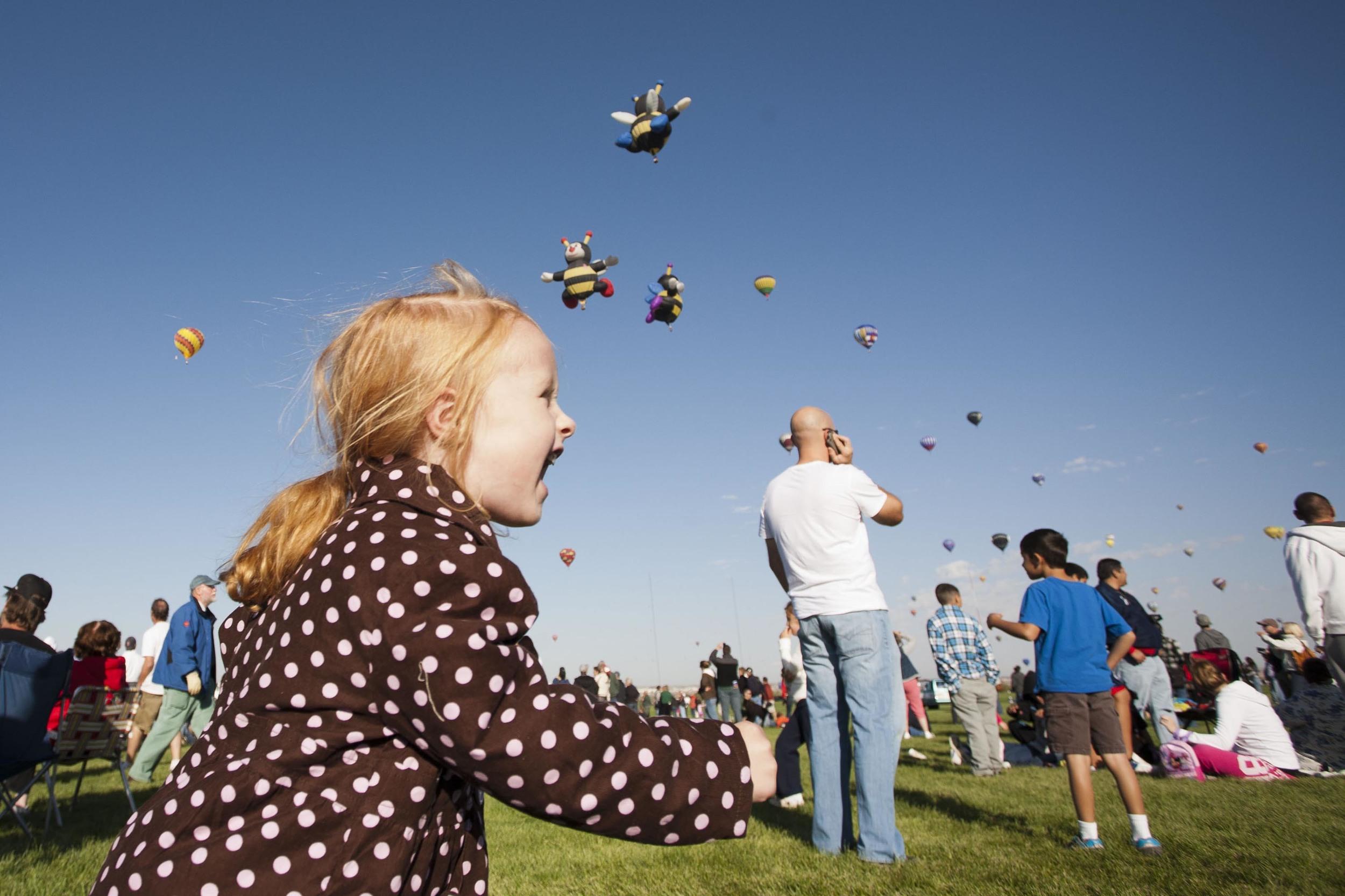 Balloon_Fiesta_girl.jpg