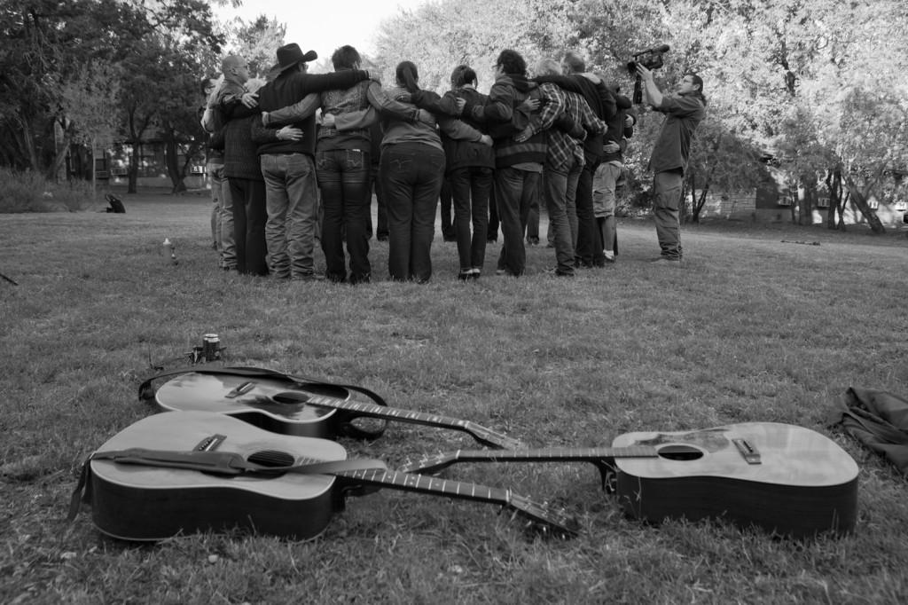 Circle-w-guitars-on-ground-1024x682.jpg