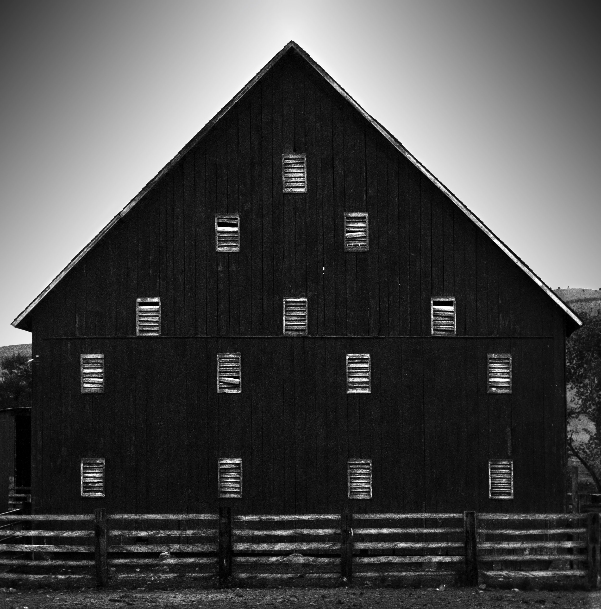 oregon barn 2010.jpg
