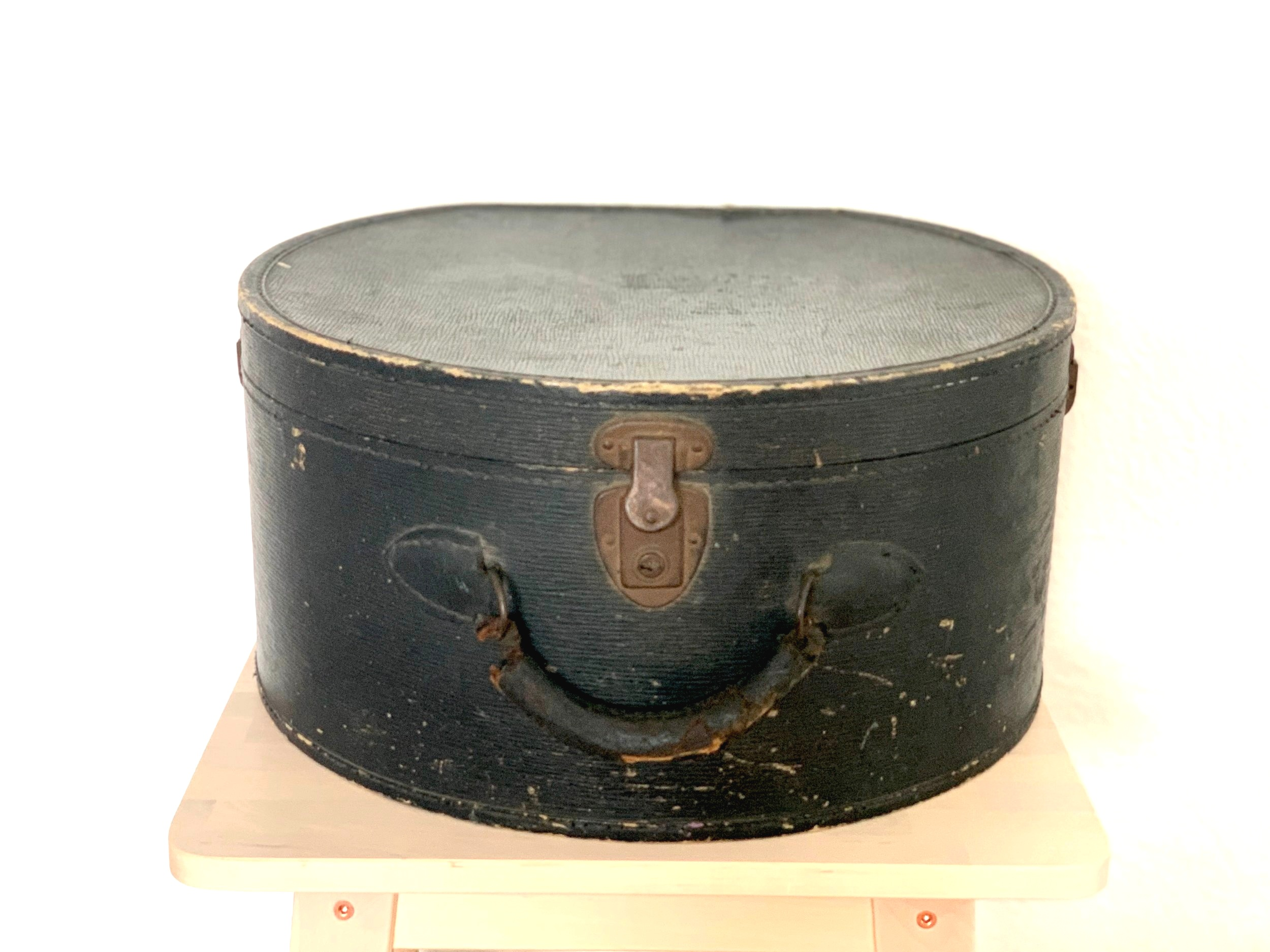 Vintage Hatbox $8