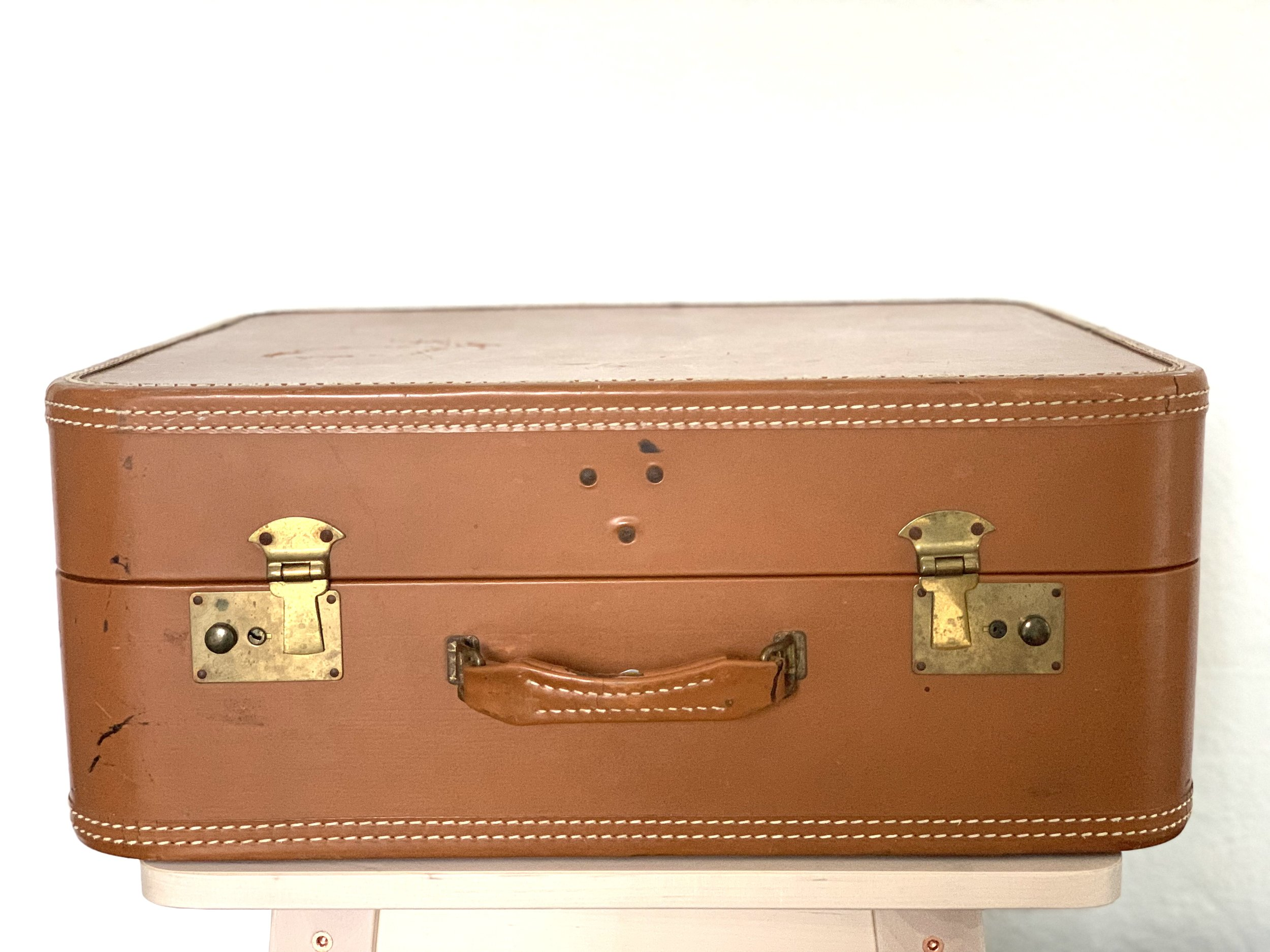 Vintage Brown Leather Suitcase $10