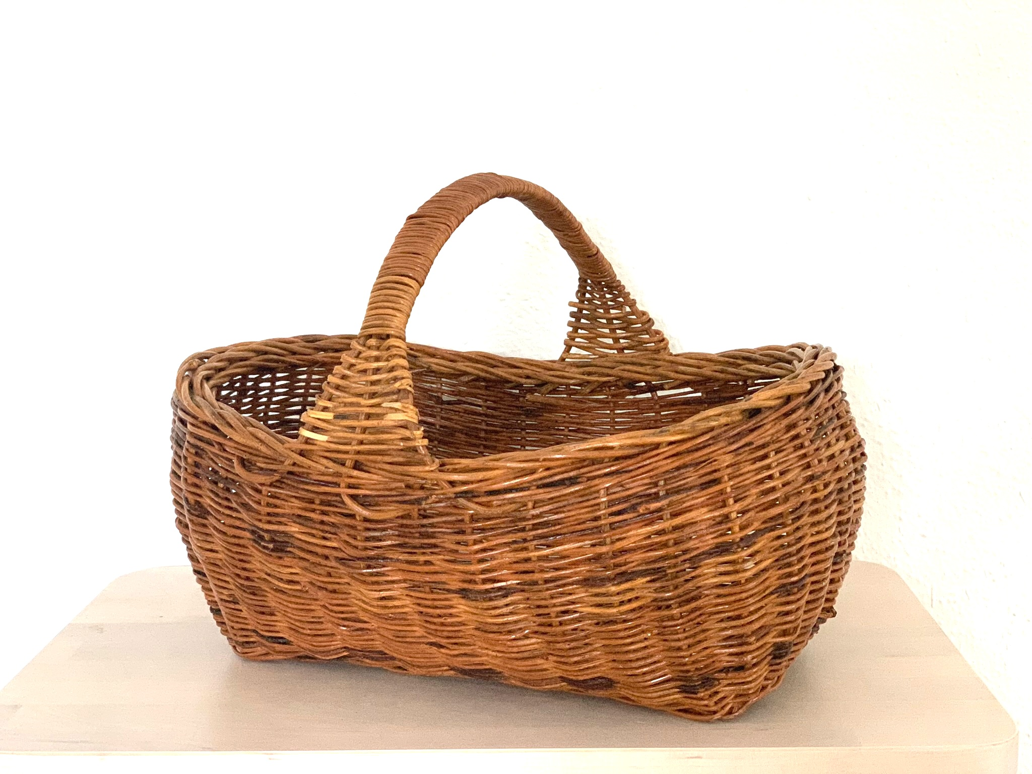 Annie Basket $4