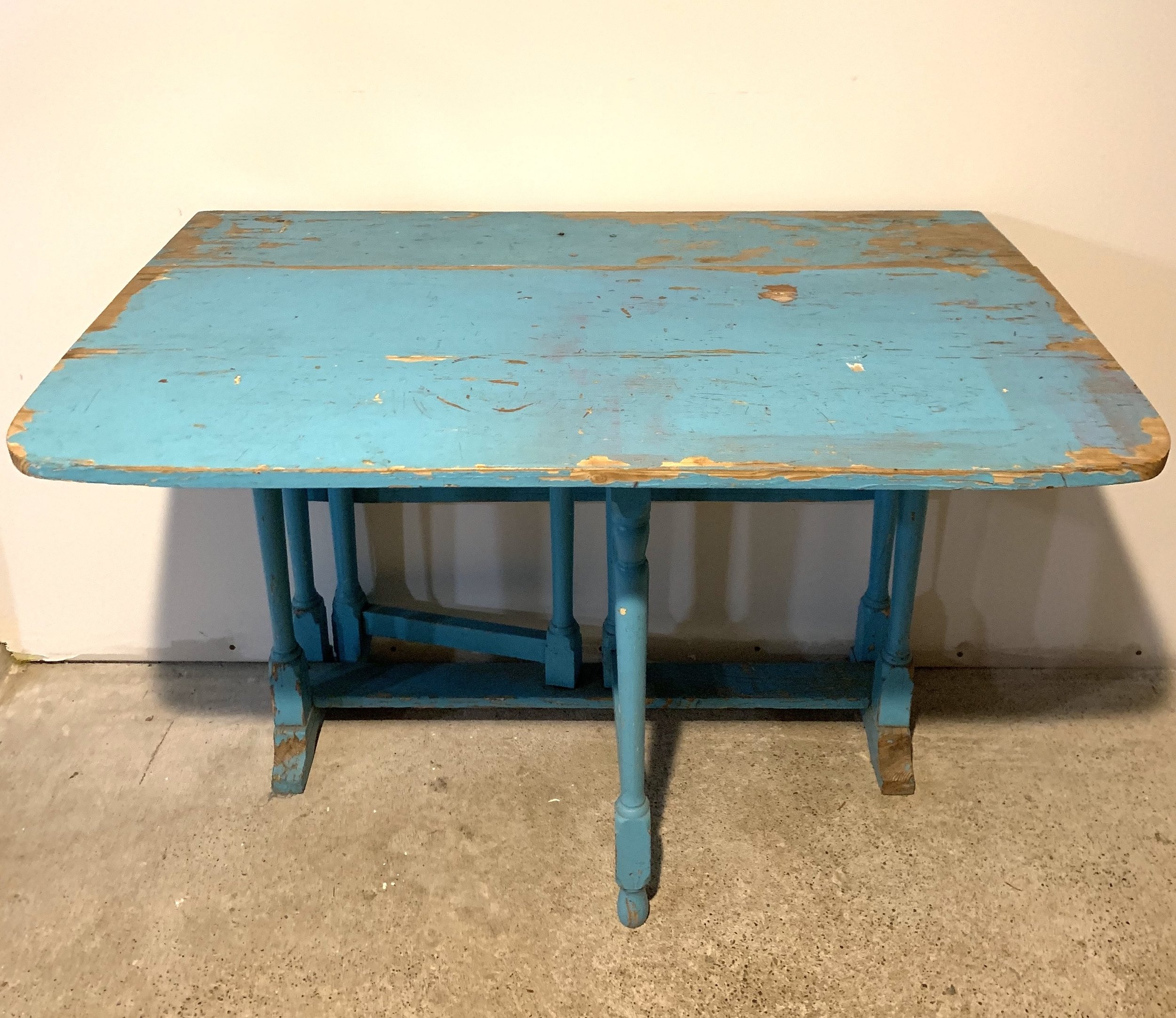 Vintage Blue Drop Leaf Table $45