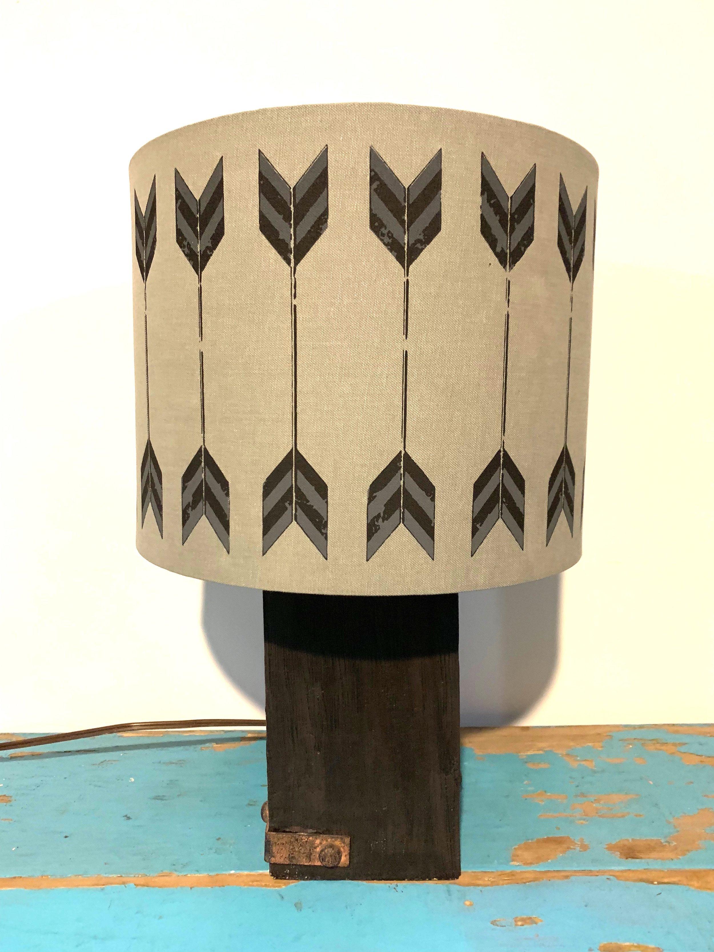 Arrow Lamp (2)