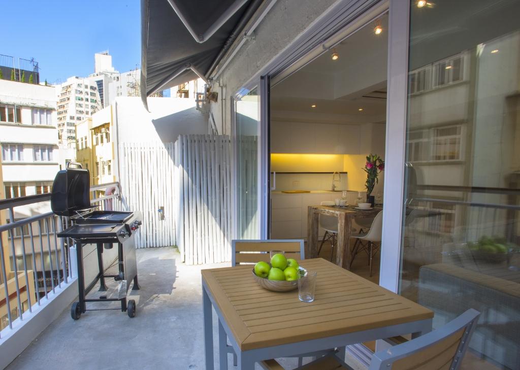 balcony 1 (1024x729).jpg