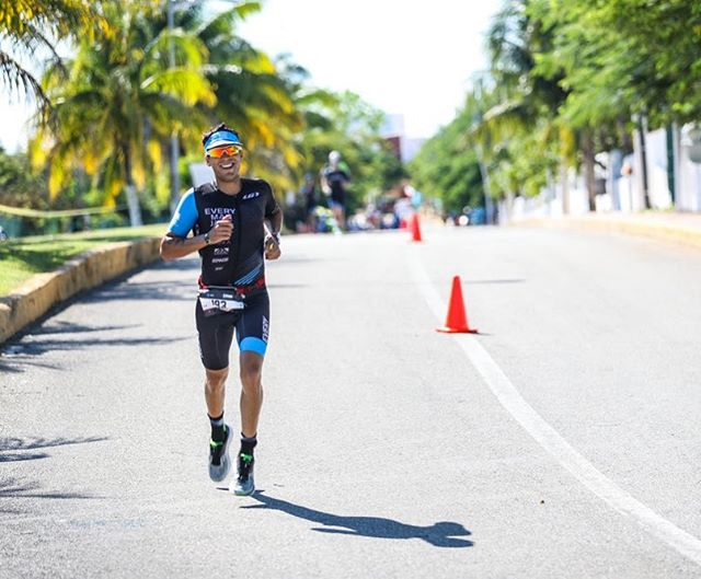 Best of luck to all racing Ironman Cozumel this weekend! Love, love, love that race. Kick some ass, and if the wheels start to come off during the marathon, hit that Mexican Coca-Cola hard!🥤🏃🏽‍♂️💨 Oh, and best of luck to those toeing the line in Arizona this weekend too! 📸 @talbotcox #IMCoz #ironmancozumel #cozumel #IMAZ #ironmantri #triathlon #swimbikerun