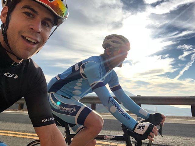 Fun showing @justindaerr my favorite ride in LA at sunrise this morning. #LatigoCanyon #cyclingshots #nofilter #cycling #triathlon