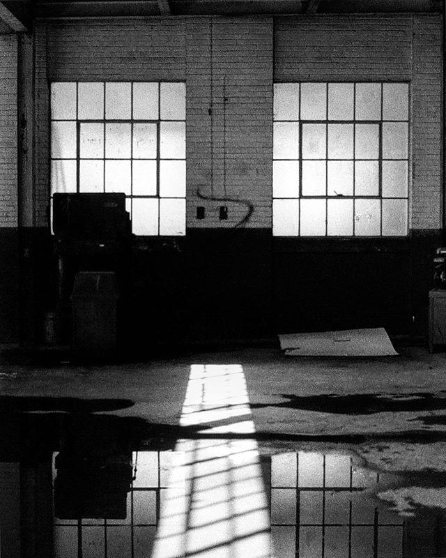@the_wool_factory ⚠️ under construction ⚠️ #35mm #olympusom1 #fujifilm