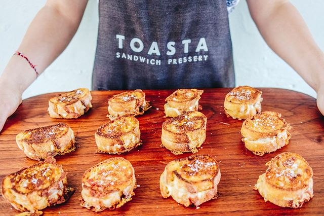 Delicious memories available for your next event!⠀ ⠀ Email catering@toasta.com.au to see what we can do for you!⠀ ⠀ -------------⠀ ⠀ ⠀ #MelbourneFoodTrucks #CateringMelbourne #OfficeLunch #WeddingRecovery #CocktailParty #MelbourneCatering⠀ pic by @allegraspaolo