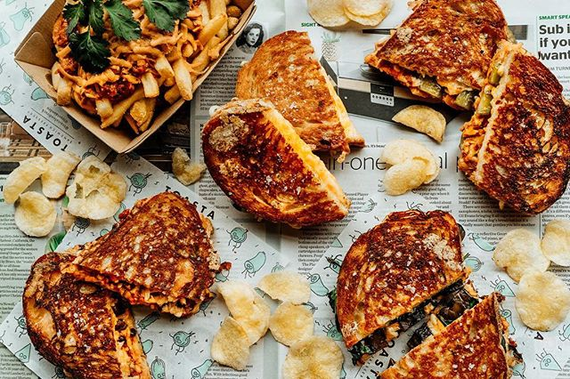 Hey. Vegans. Did you know we can tailor a 100% vegan menu for your next event?⠀ ⠀ -----------------------⠀ #toasta #melbourne #melbournefood #grilledcheese #melbourneeats #melbournecafe #foodtruck #catering #foodtruckcatering #melbournefoodie #melbournefoodtrucks #melbournefoodfiles #westmelbourne #voncrumb #ubereatsmelb #ubereats #toastaandco #melbourneevents #melbournefunction #melbournepartyfood #toastaandco #toastie