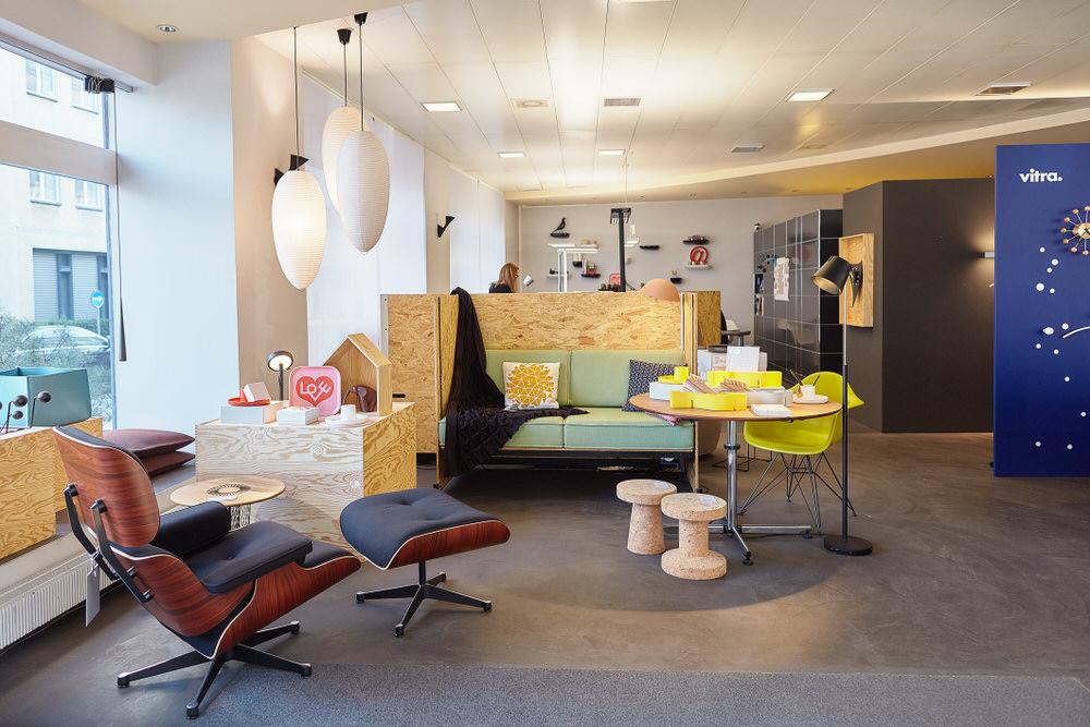 Rüegg-Naegeli AG - Webseitenbetextung, Mitarbeiterfotos, Showroomfotos