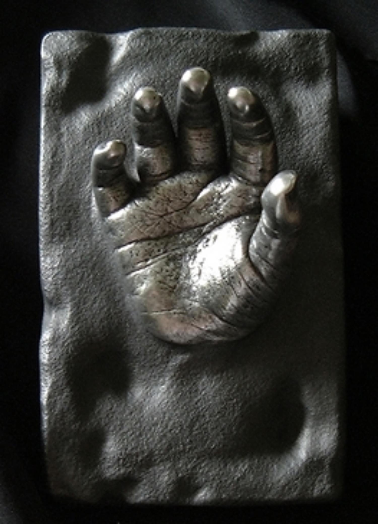 02_Pewter hand.jpg