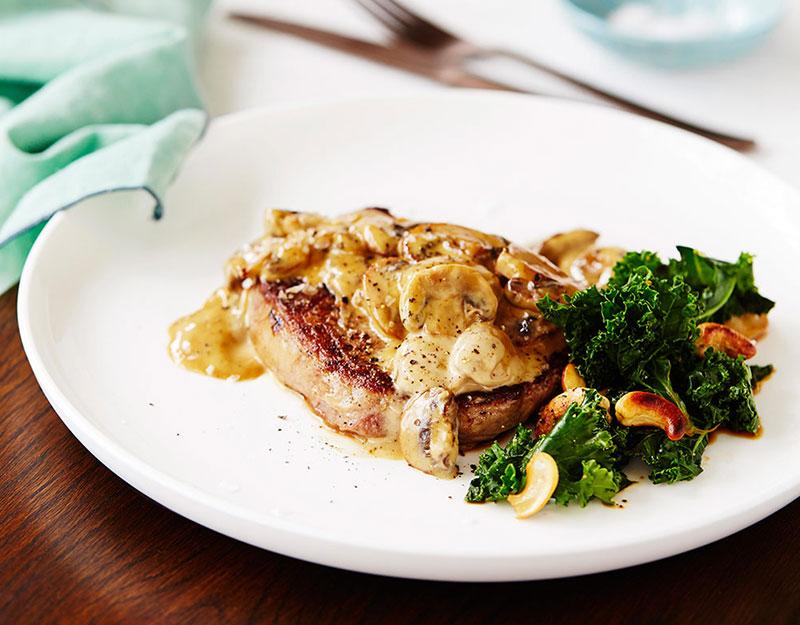 rib-fillet-steak-kale-salad.jpg