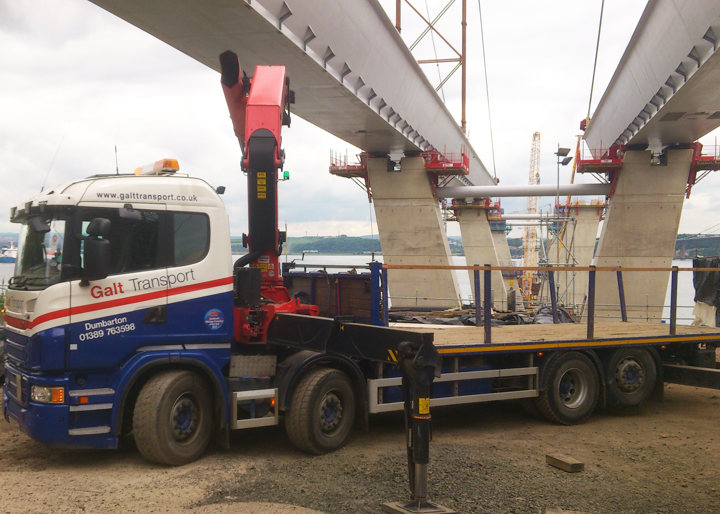 Hiab work at Forth Road Crossing