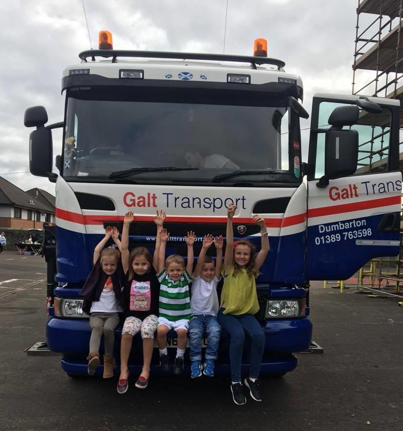 pupils at braehead primary school loving the lorry