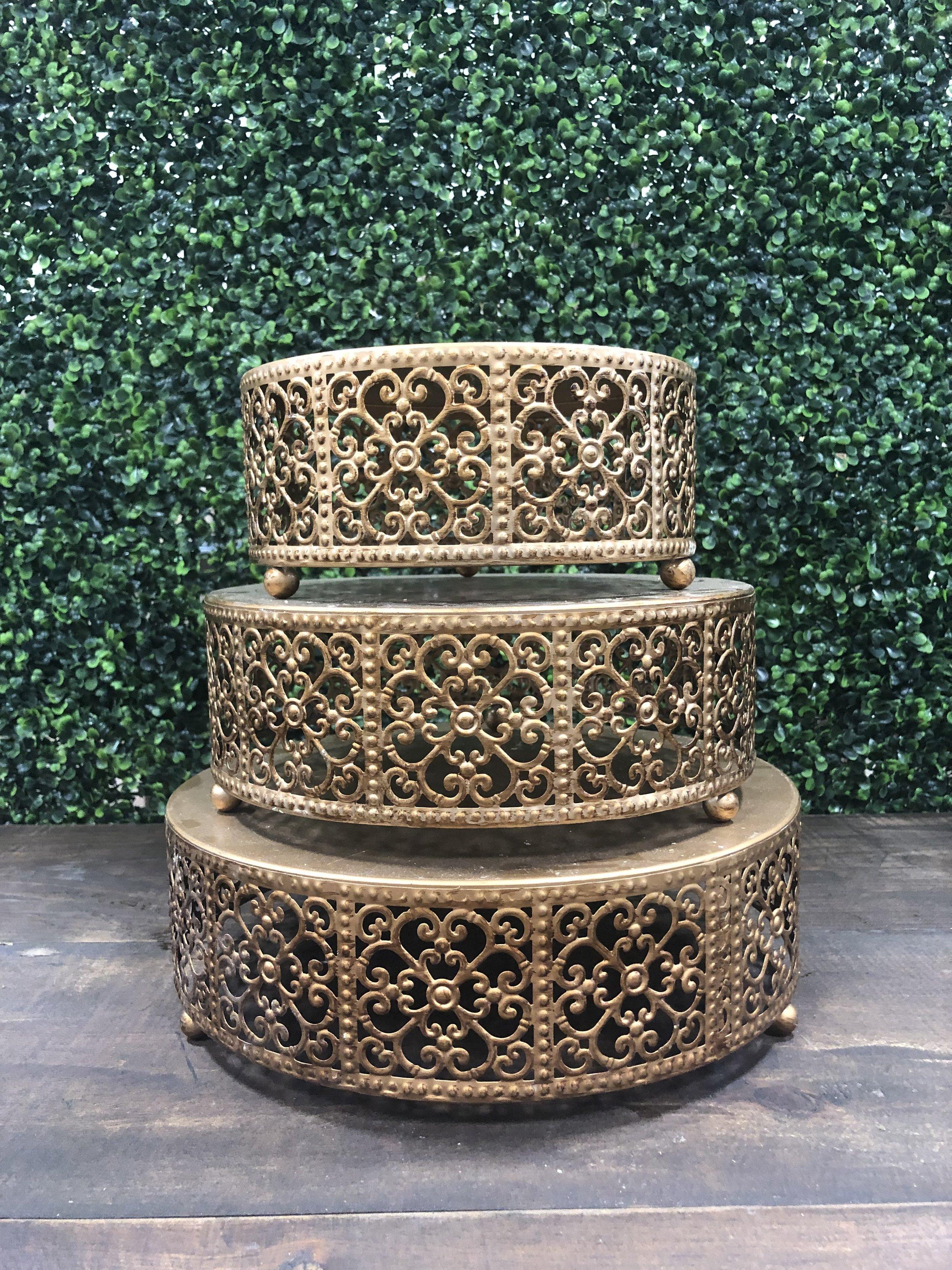 Gold Round Cake Stand