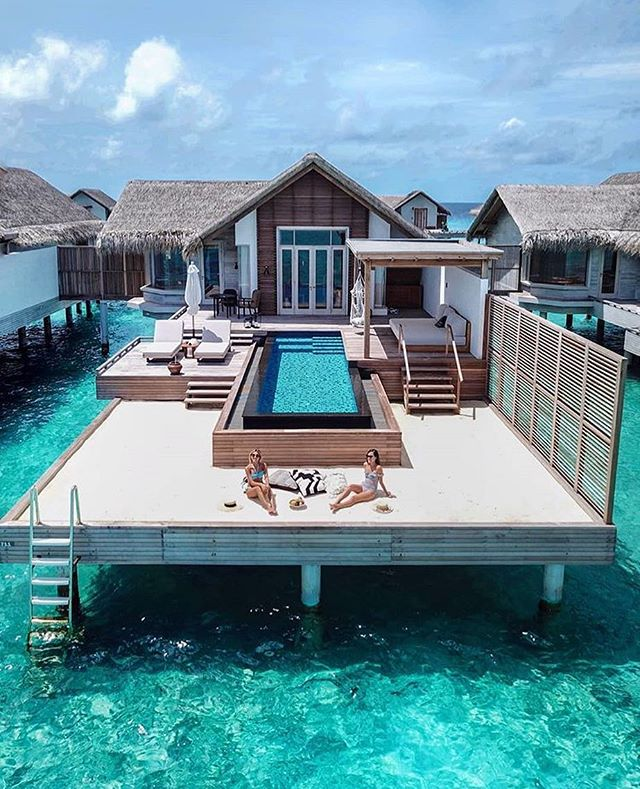 How about a Maldivian overwater mini crib? 😍