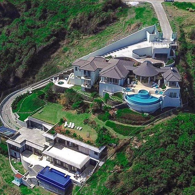 Incredible Luxury Estate | via @the_luxury_life