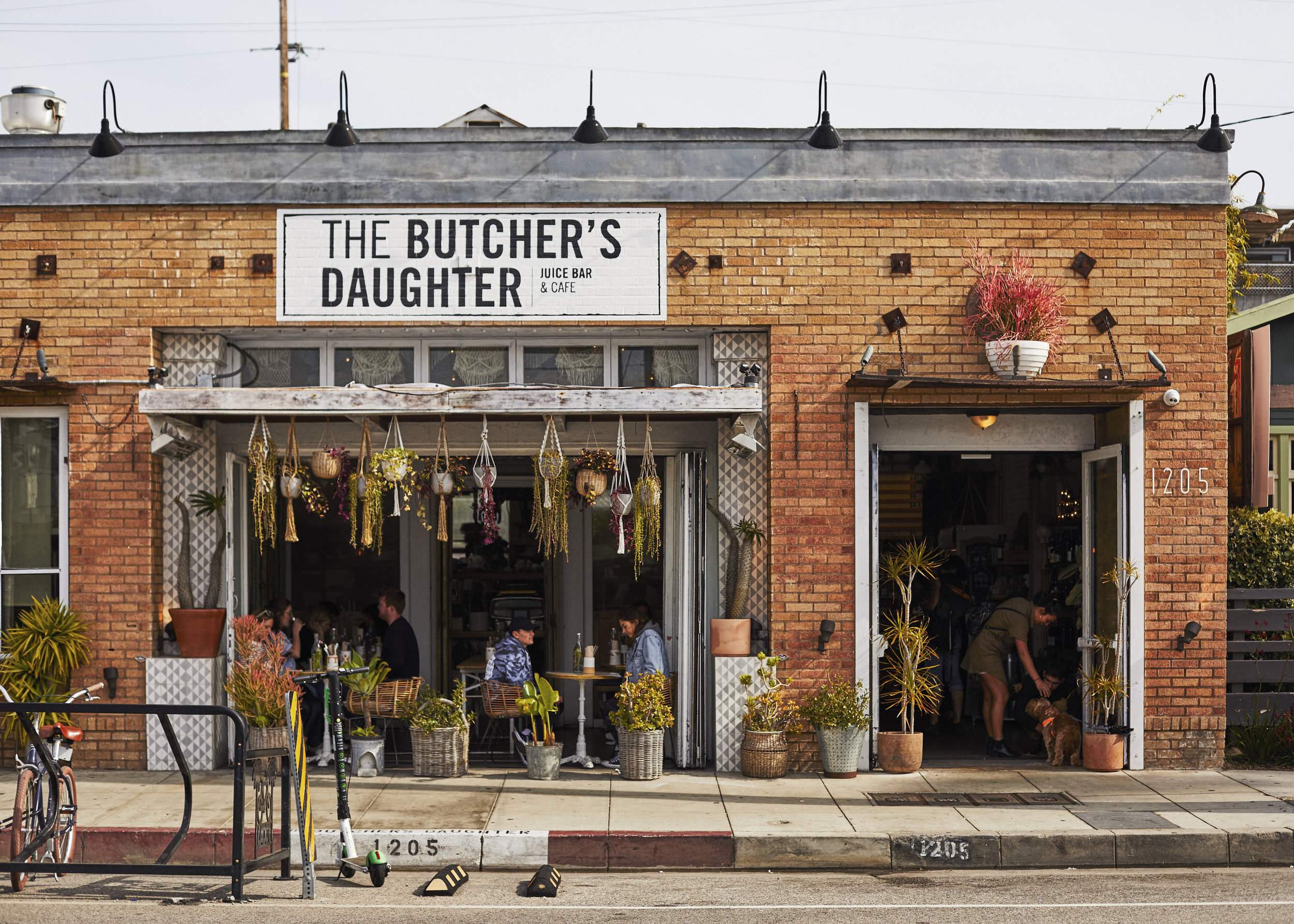 Butchers_Daughter_Exteriors_018.jpg