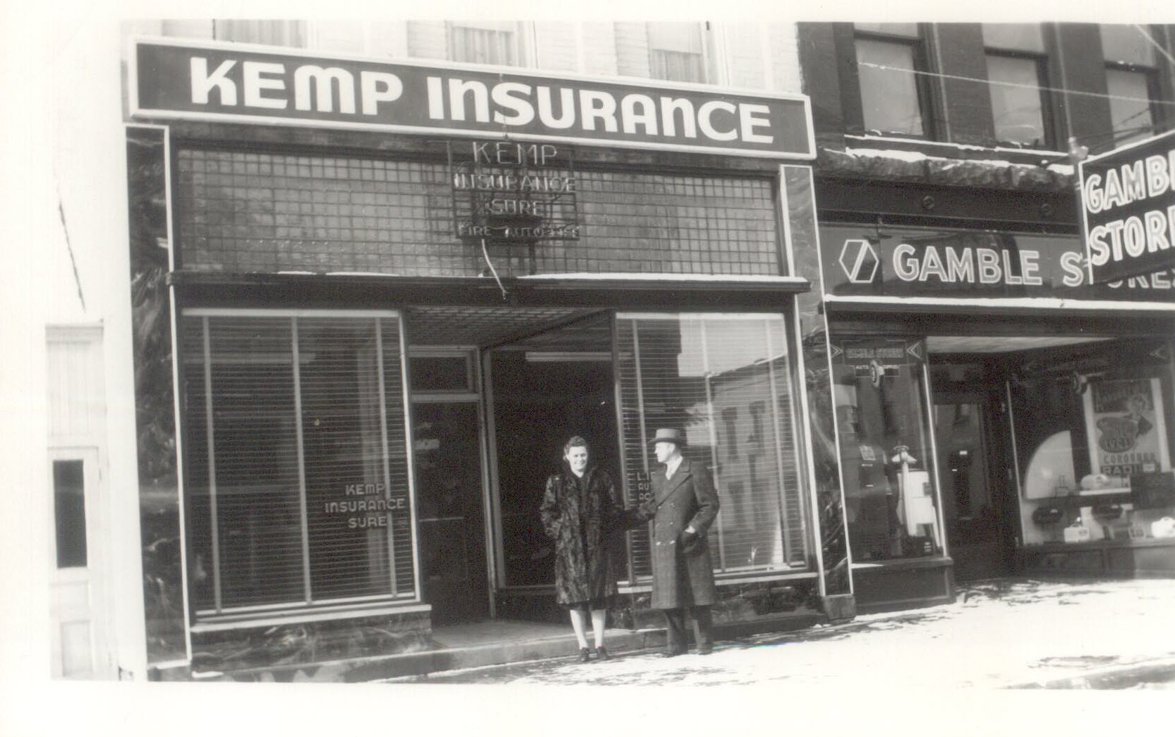 Kemp Insurance 307 S. Lafayette, 1944.