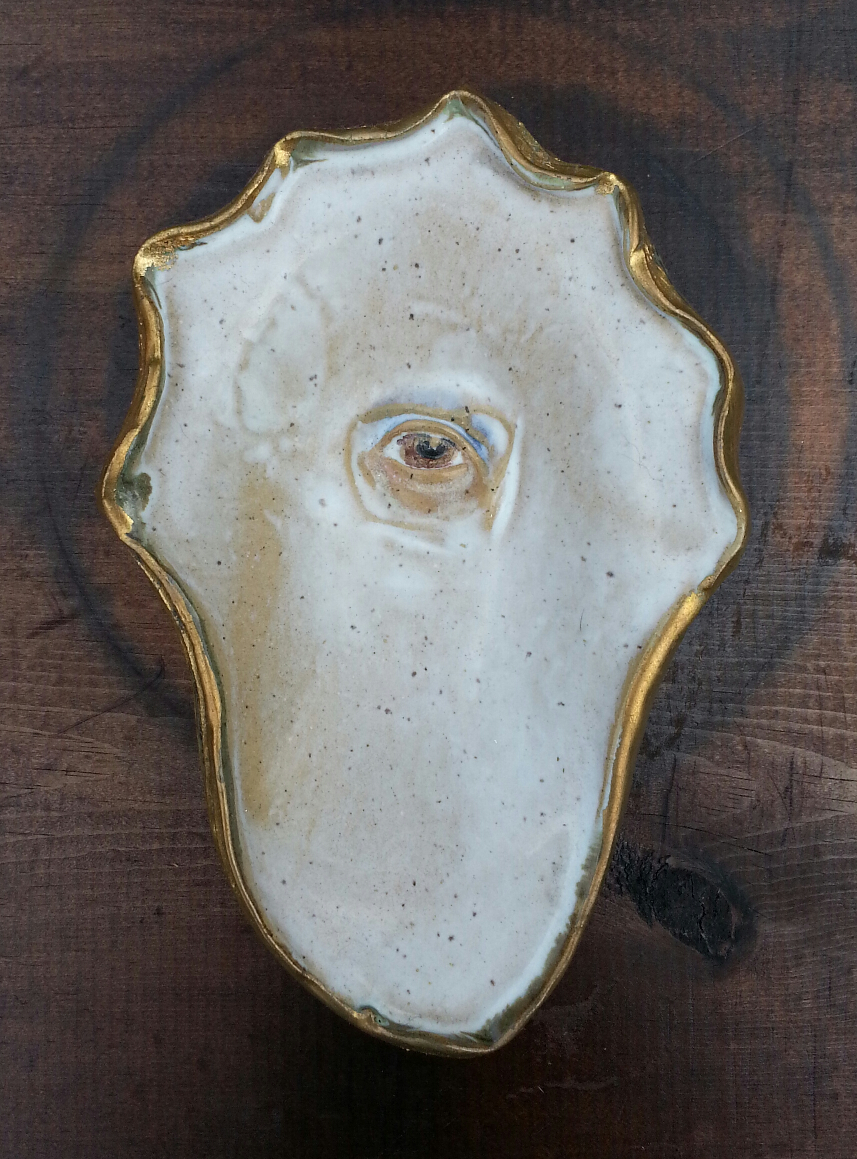 oyster with eye.jpg
