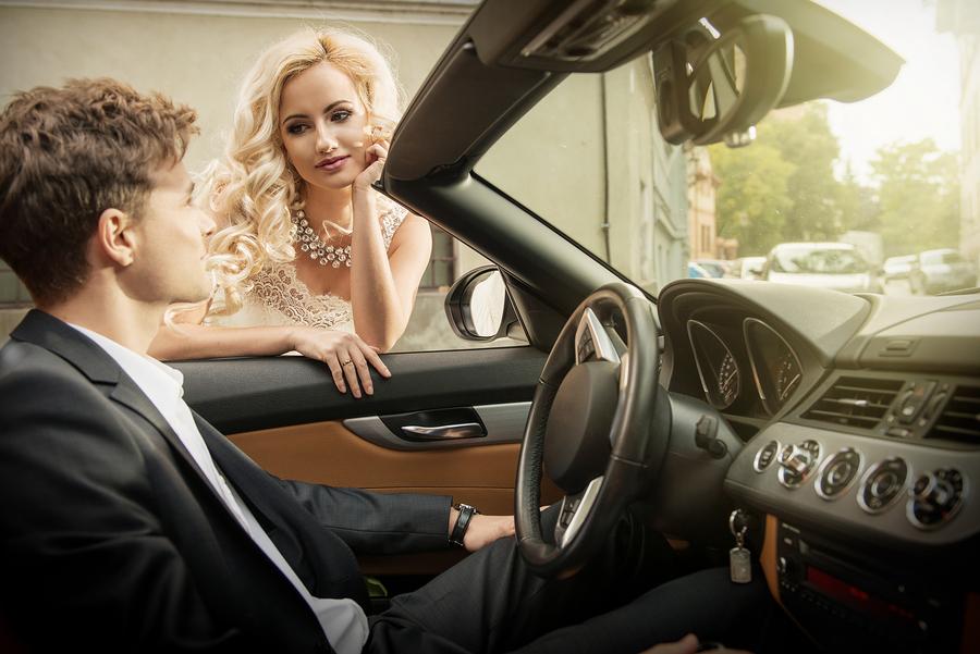bigstock-Beautiful-Young-Married-Couple-284682418.jpg
