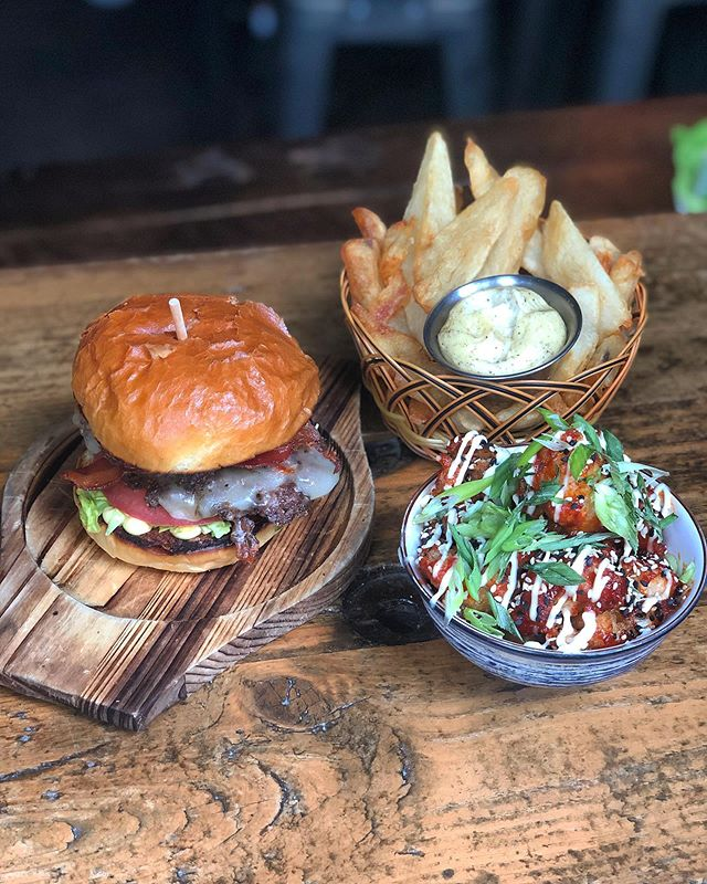 Starving you??? 🍔 🍟 🥗