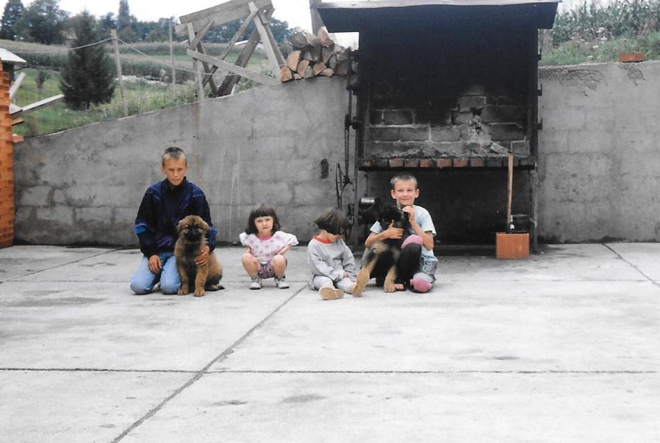 Sara with cousins in Croatia as a kid.