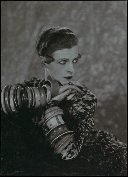 Nancy cunard  Man Ray, 1926