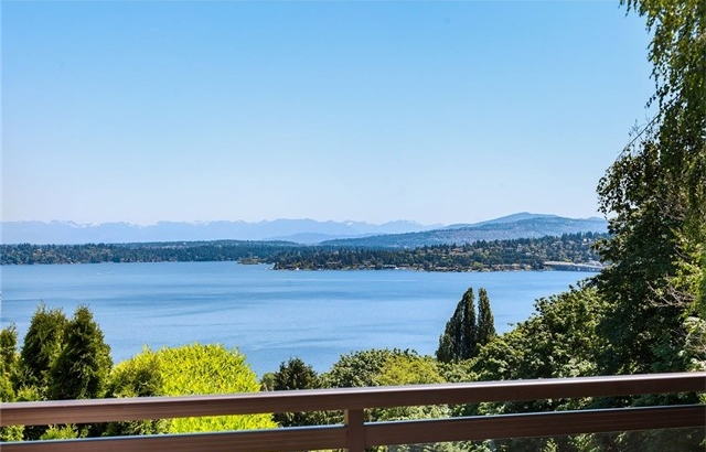 108 Lake Dell Avenue, Seattle | $1,250,000