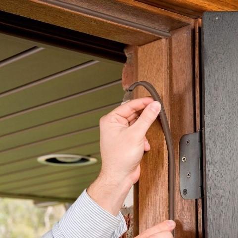 Replacing door seal