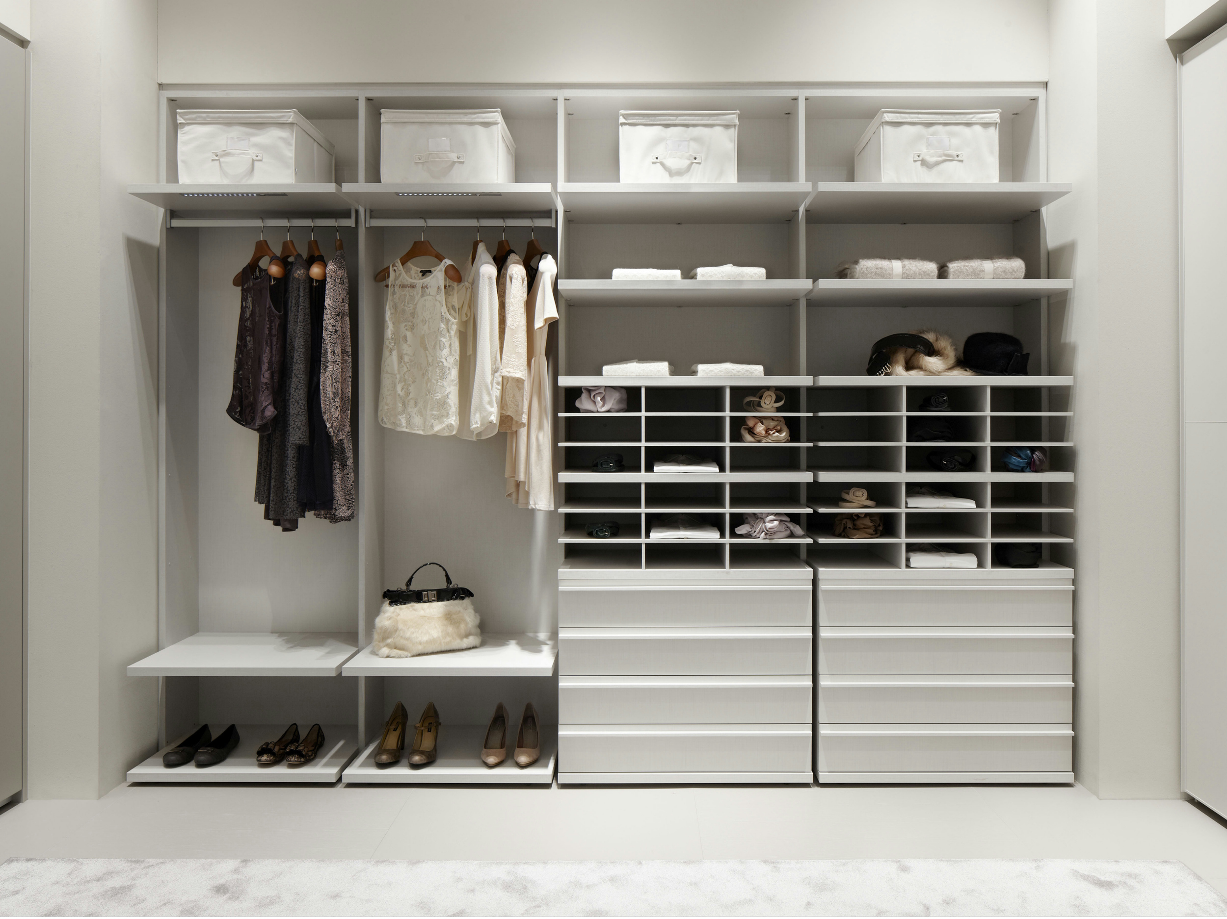 5-luxurious-closet-design-renotalk.jpg