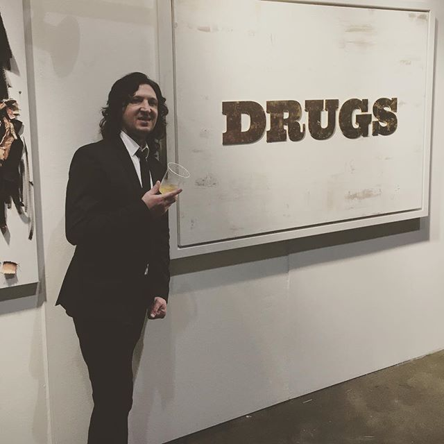 I don't like the drugs, but the drugs like me... LAartshow