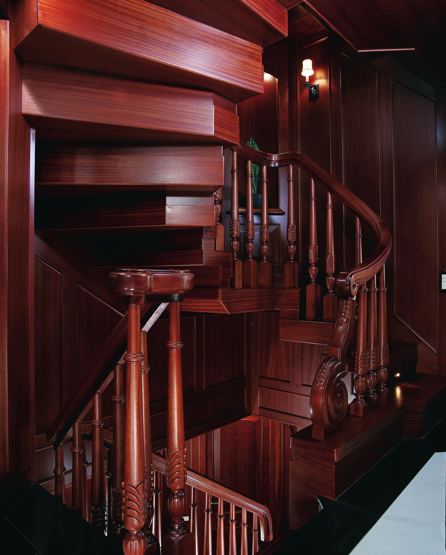 Genesis-stairs.jpg