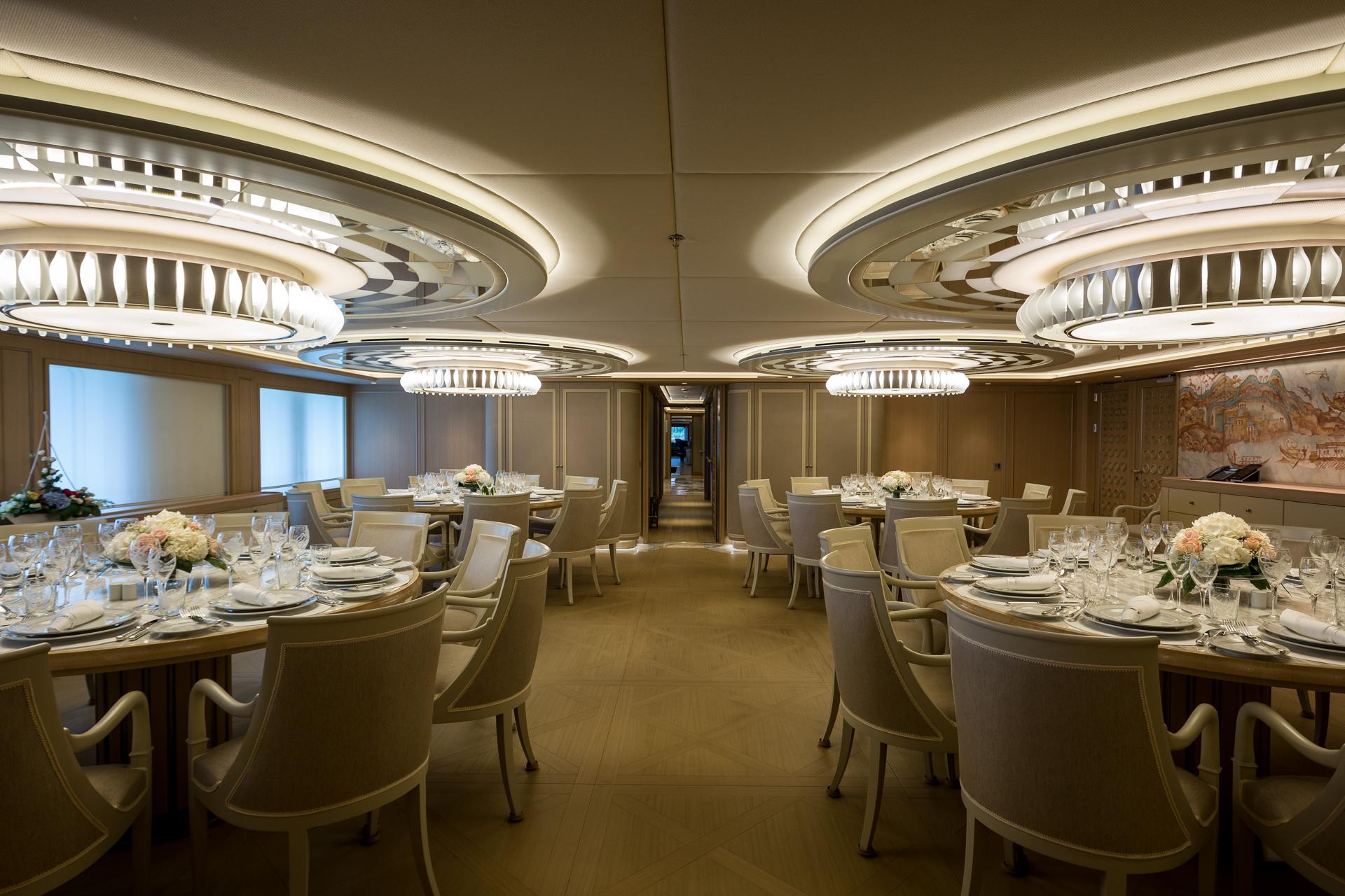 MY Dream - Formal dining room