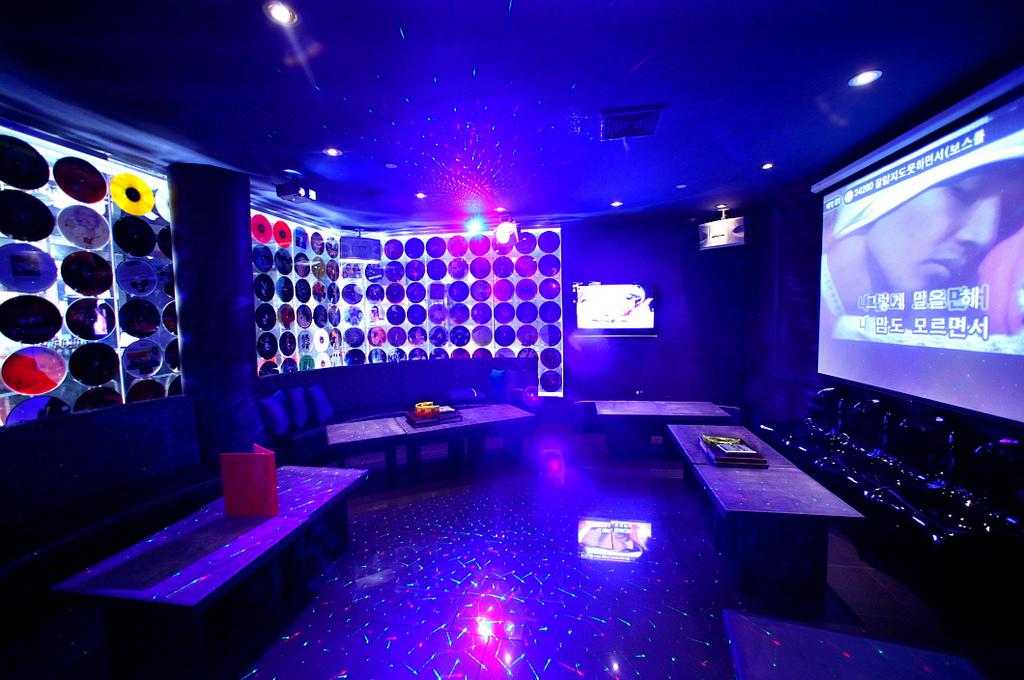 28 West 32nd Street 3rd Floor (Betweet Broadway & 32nds Street) New York NY 10001