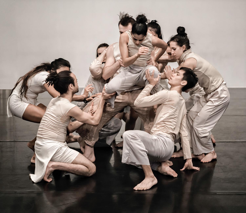 DanceBook1 09.jpg