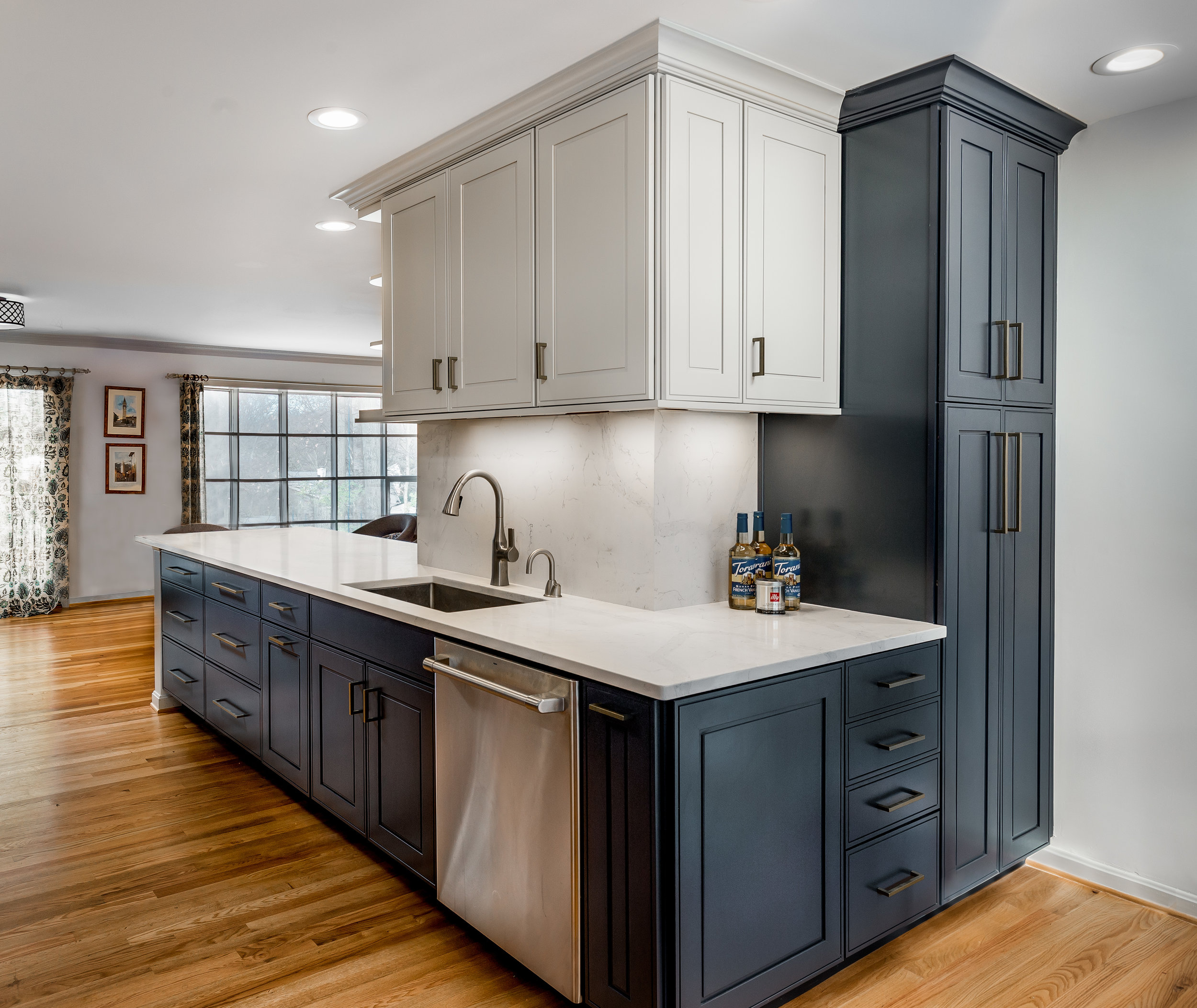 Kitchen 2 copy.jpg