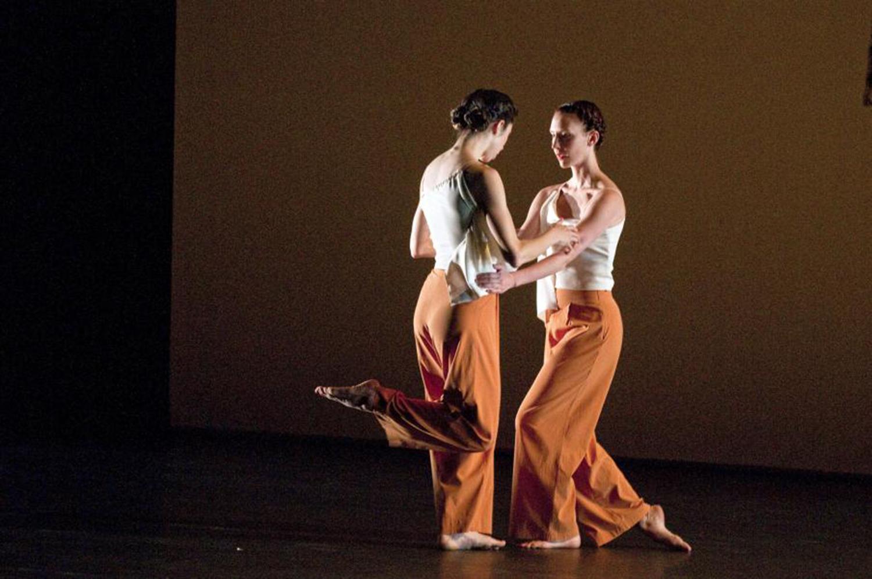 dancers- Trisha Brown- L'Amour