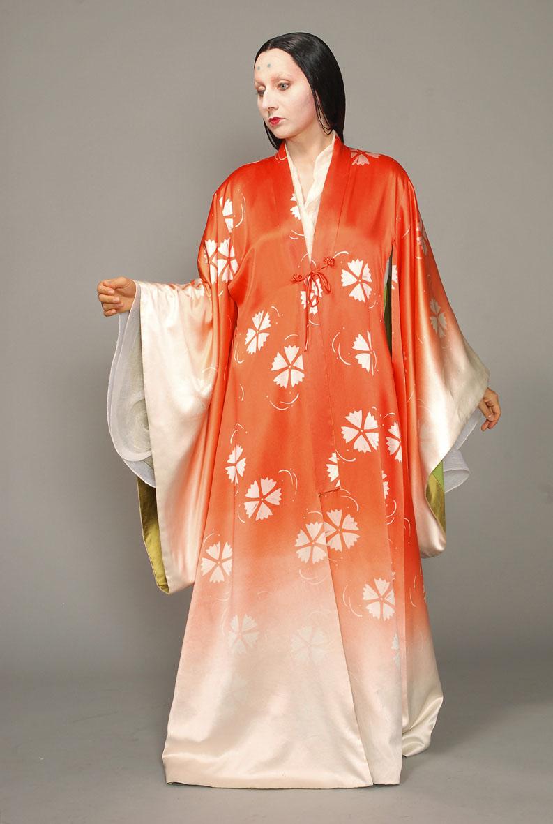 Anna Radziejewska - Summer Robe - fabric designed by elizabeth cannon / made at Paris opera